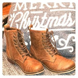 Madden Girl CHANDRA booties lace up vegan size 5
